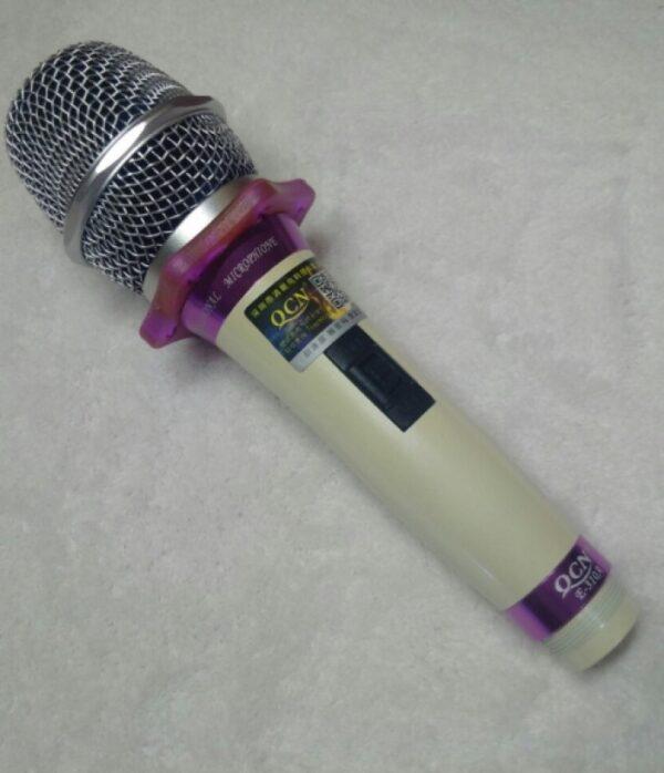 میکروفن دستی زیبا باسیم ktv مدل e-310